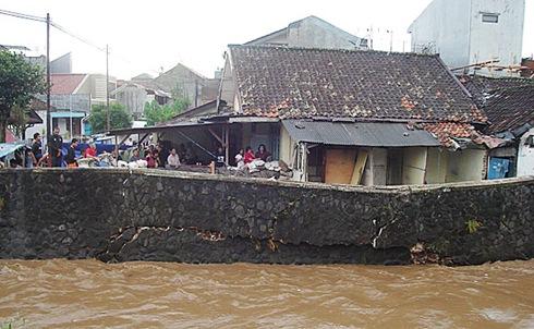 kirmir sungai cikapundung